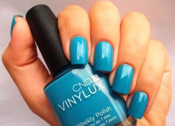 Голубой лак для ногтей Винилюкс
