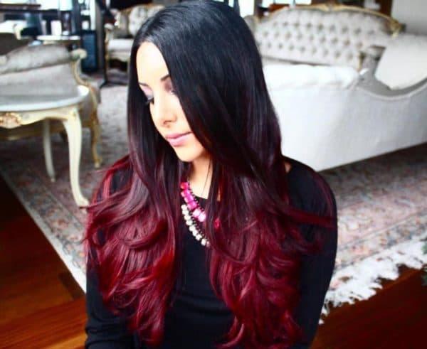 Красный балаяж на темных волосах