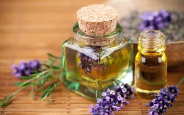 Эфирное масло для лица из лаванды