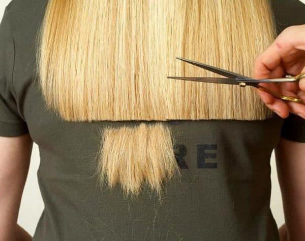 Стрижка посеченных кончиков волос