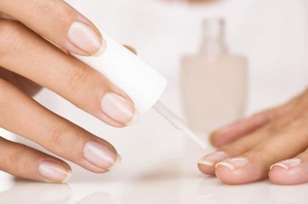 Лак для лечения ногтей Лошадиная сила