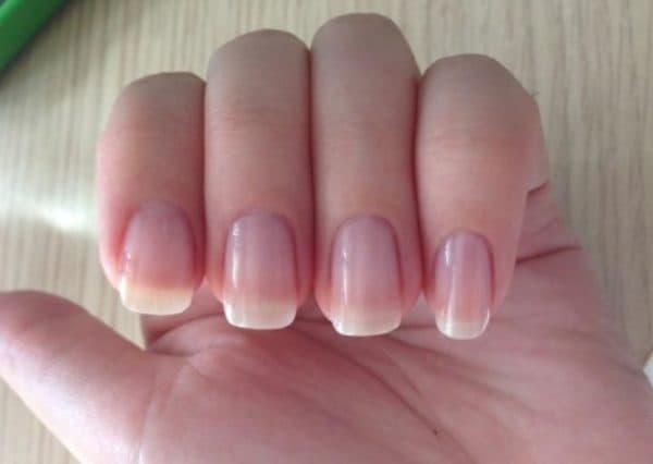 Эффект от применения лака для ногтей Эвелин лечебного