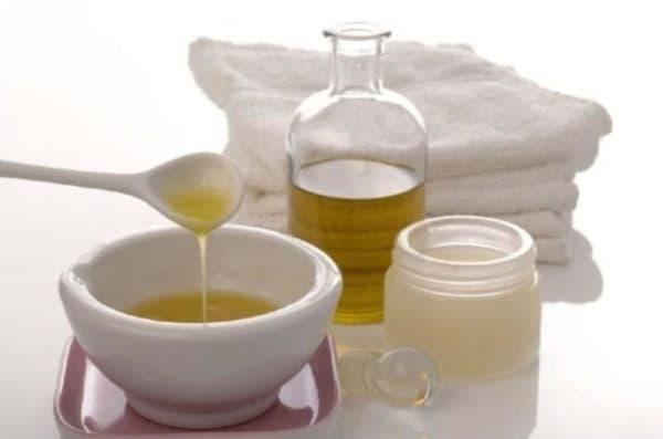 Маска для волос со сметанной и маслом зародышей пшеницы