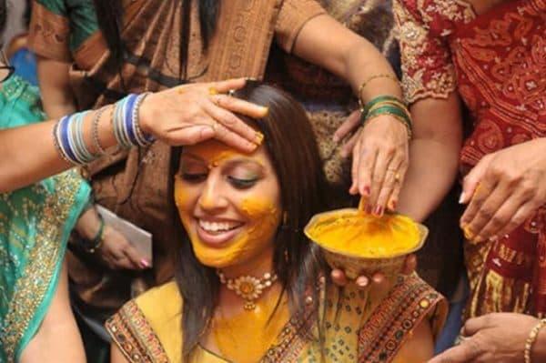 Индийская специя куркума для красоты лица