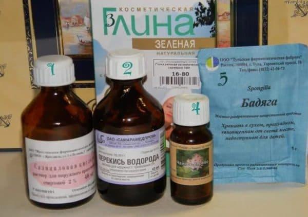 Ингредиенты для маски для лица с бодягой и перекисью