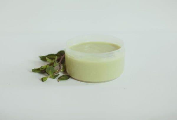 Питательная маска для волос с мятным маслом