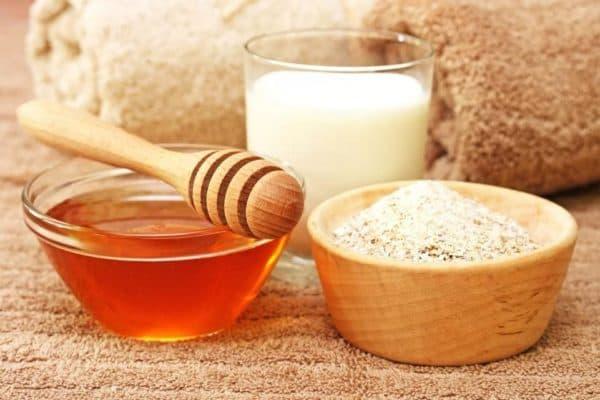 Маска для лица с овсянкой, мёдом и молоком