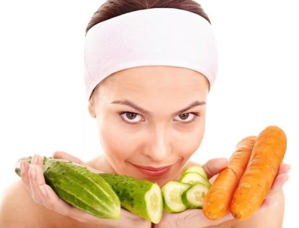 Маска для лица из моркови и огурца