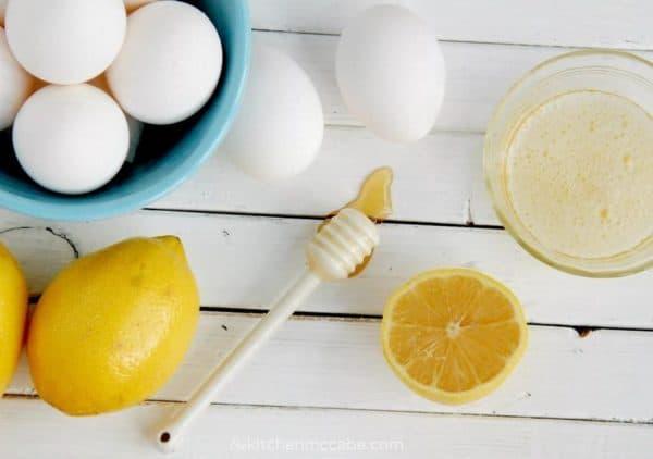 Маска для лица с мёдом и лимоном плюс яйцо