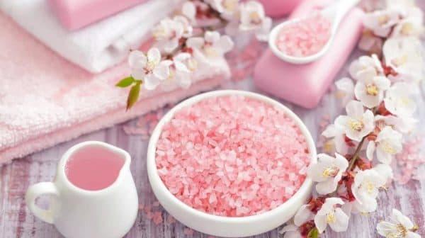 Морская соль для ванн с экстрактами цветов