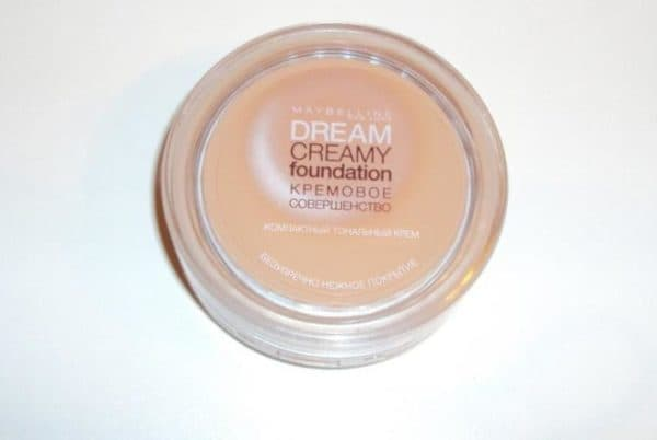 Maybelline Dream Creamy Foundation крем пудра