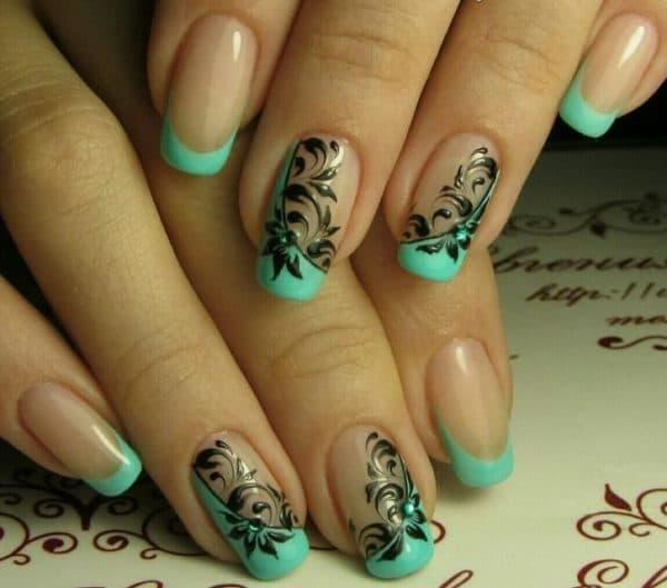 Модный рисунок на ногтях гель лаком