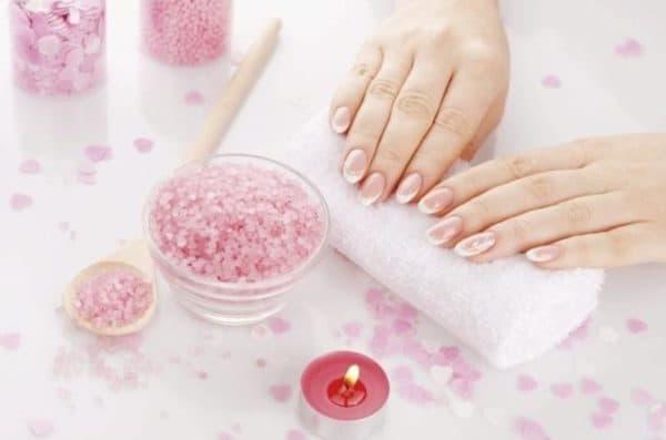 Соляные ванночки для укрепления ногтей