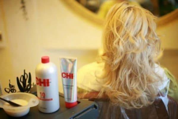 Особенности окрашивания краской для волос CHI